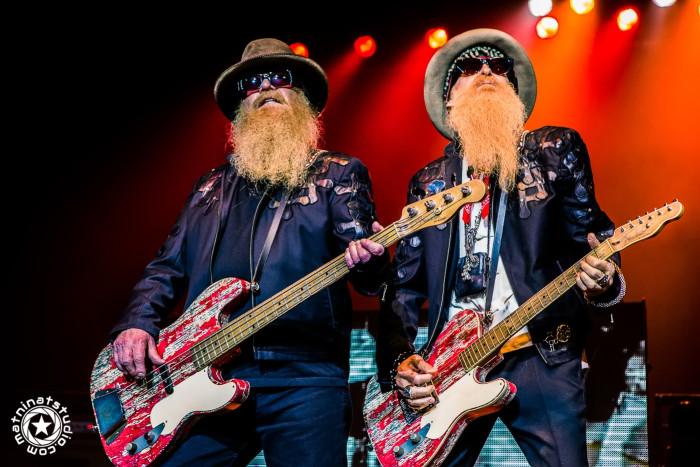 ZZ Top live in Paris, France. @ Zénith de Paris. June 26th 2015. La Futura tour